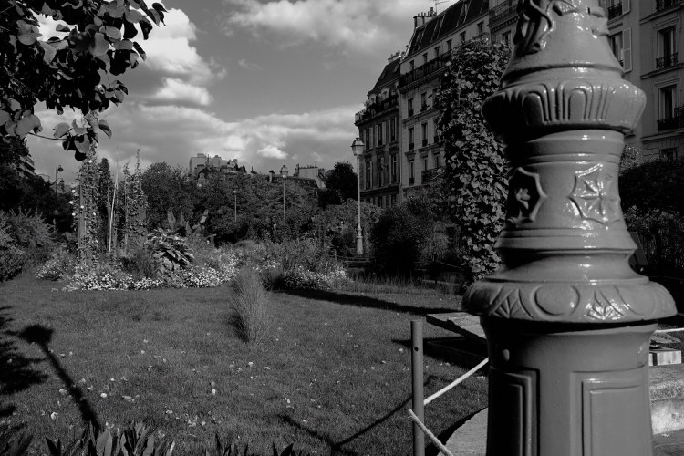 Jardin paris xvii me fujifilm x100t rendu for Jardins paris 2015